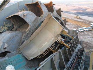 Krupp_excavator_bulldozer